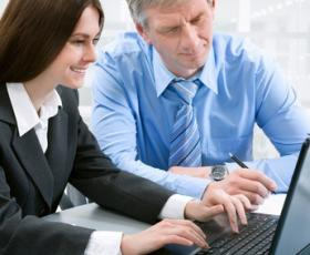 Kunden loggar in i tidrapporteringssystemet